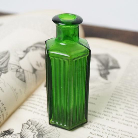 アンティーク ガラスビン パフュームボトル