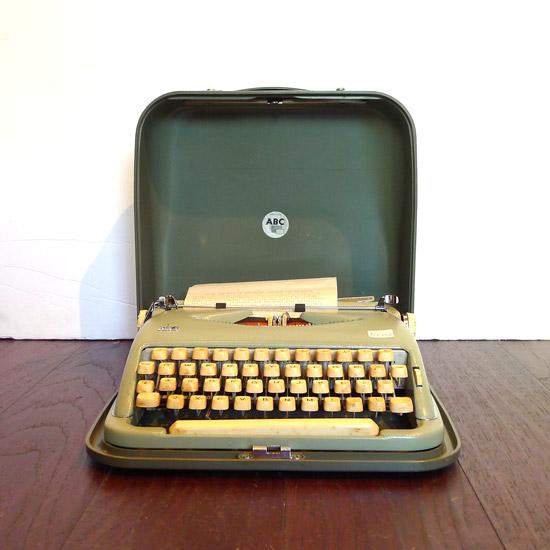アンティーク タイプライター