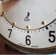unikk JAZ社の目覚まし時計2