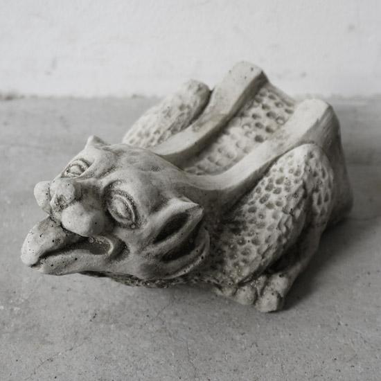 イギリス製 ガーゴイル石像